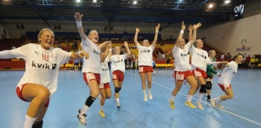 MNE-DEN8-29f15313cb302cb729c9746645279382 Rezultate LIVE, Campionatul European de handbal masculin 2014 din DanemarcaMNE-DEN8-29f15313cb302cb729c9746645279382-525x259MNE DEN8 29f15313cb302cb729c9746645279382