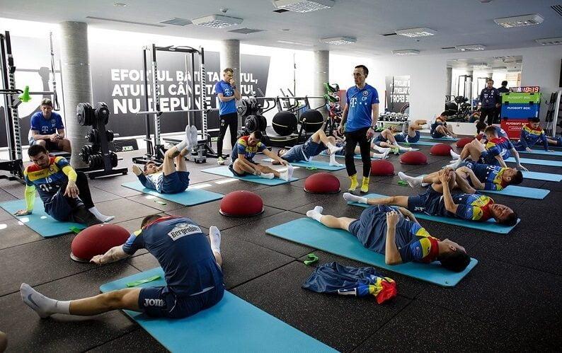 Tricolori s-au antrenat ieri la sala de forțe Tricolori s-au antrenat ieri la sala de forțe romania la antrenamente 2017