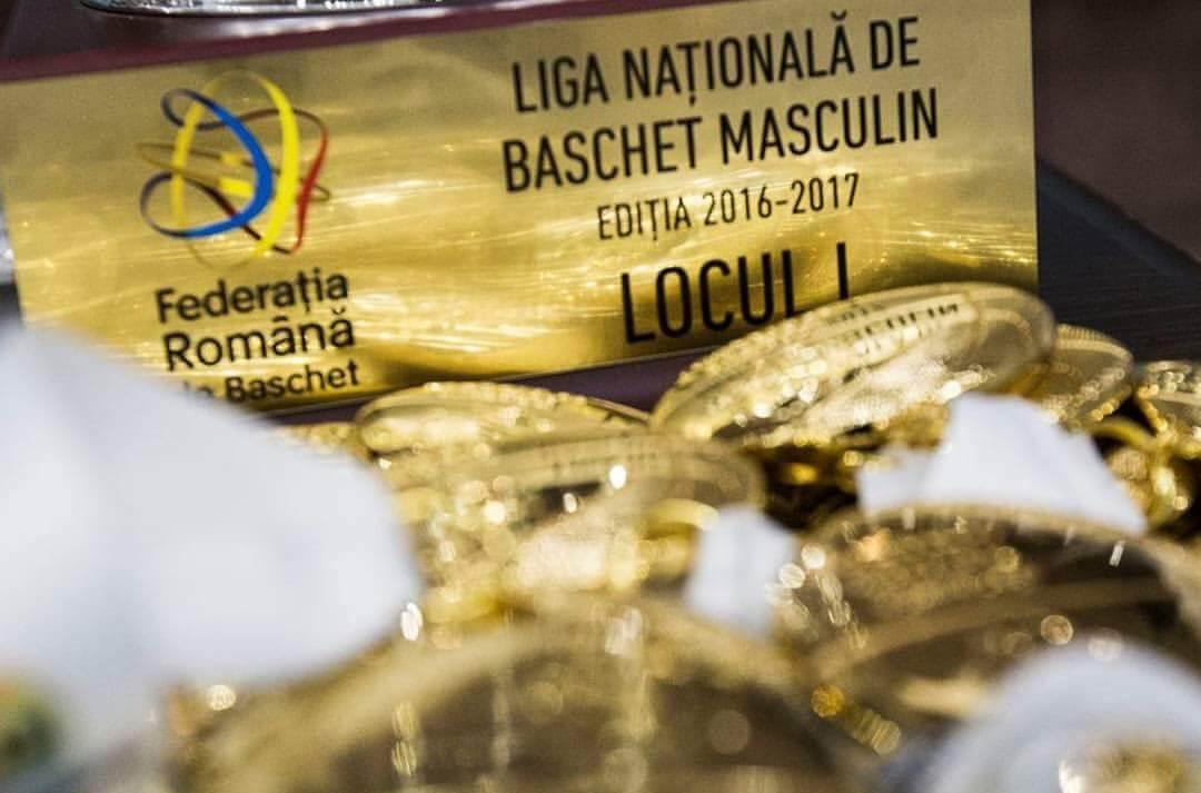 u-banca transilvania noua campioana a româniei la baschet masculin! U-Banca Transilvania noua Campioana a României la baschet masculin! 20170526 215915