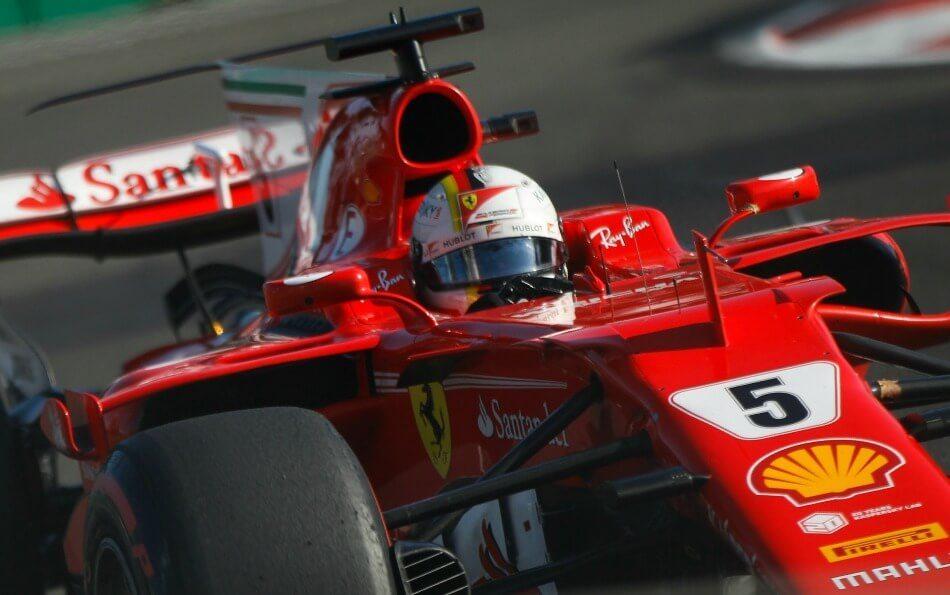 Vettel, găsit vinovat de acroșajul cu Hamilton Vettel, găsit vinovat de acroșajul cu Hamilton vettel