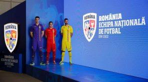 tricolorii au un echipament nou. frf a lansat prima identitate de brand din istoria echipei naționale Tricolorii au un echipament nou. FRF a lansat prima identitate de brand din istoria Echipei Naționale FB IMG 1509774597289 296x164 Campioana României a vrut să joace la Zalău, dar a fost refuzată de CEV! Campioana României a vrut să joace la Zalău, dar a fost refuzată de CEV! FB IMG 1509774597289 296x164