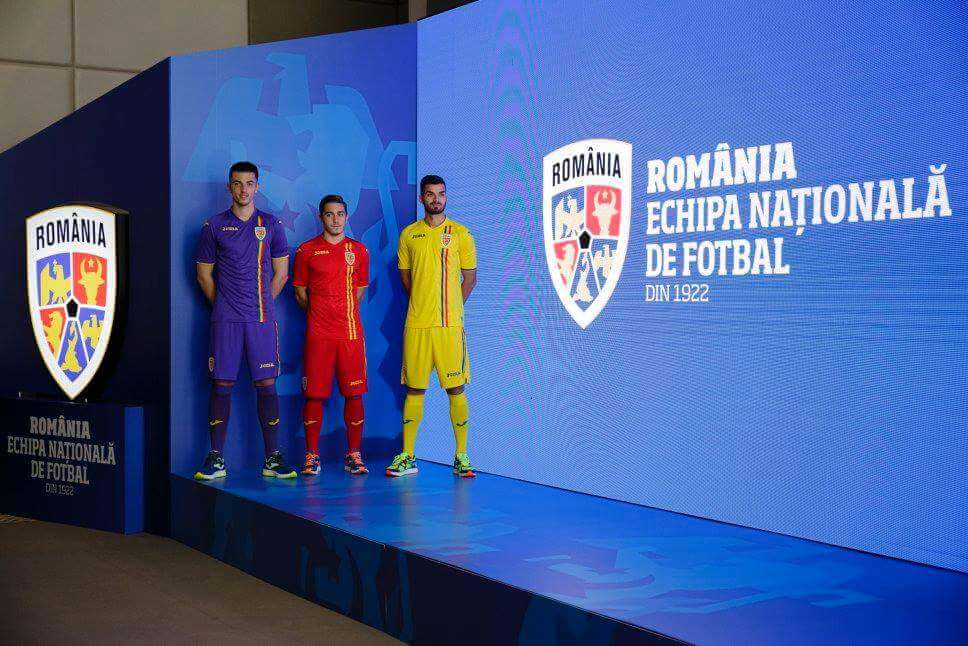 Tricolorii au un echipament nou. FRF a lansat prima identitate de brand din istoria Echipei Naționale FB IMG 1509774597289