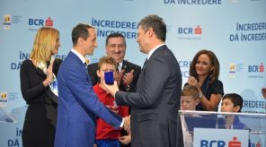o uncie de aur de la bcr pentru componenții echipei olimpice a româniei O uncie de aur de la BCR pentru componenții Echipei Olimpice a României cosr bcr partener 296x164 guvernul canadian are nevoie de 1.2 miliarde de dolari pentru găzduirea jocurilor olimpice de iarnă și a cm de fotbal 2026 Guvernul canadian are nevoie de 1.2 miliarde de dolari pentru găzduirea Jocurilor Olimpice de iarnă și a CM de fotbal 2026 cosr bcr partener 296x164